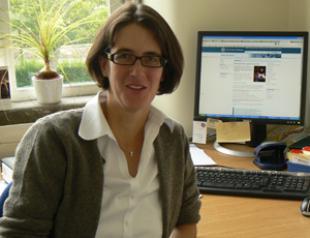 Dr Tina Düren