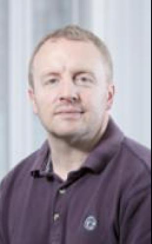 Dr Gary Wells