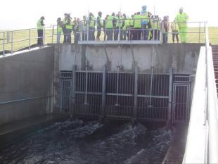 Student Visit to White Cart Flood Defences