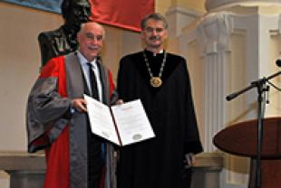 Professor Alistair Borthwick receiving his Honorary Degree