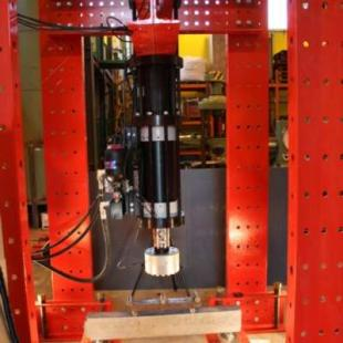 Load testing in the Structures Laboratory