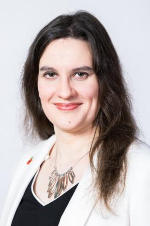 Dr Katherine Dunn