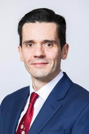 Dr Francisco R Garcia Garcia