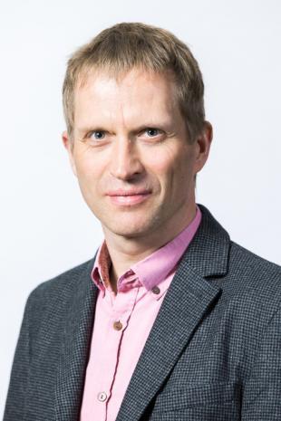 Prof Tim Stratford